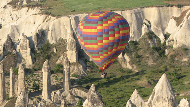 Balloon flight in Cappadocia on a classical Turkey tour