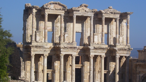 Ephesus Library, important ruins in Turkey